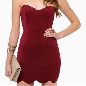 TOBI Small Strapless Scallop Burgundy Mini Dress